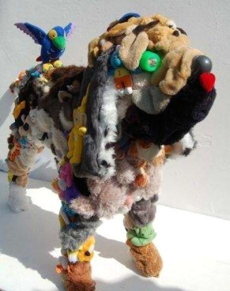 chien à base de peluches