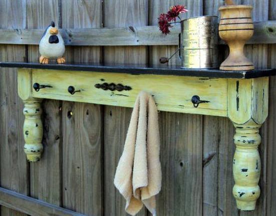 Comment recycler de vieilles tables en bois