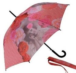 La tendance des parapluies chics et chocs !