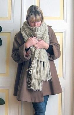 Cet hiver, l'écharpe sera XXL