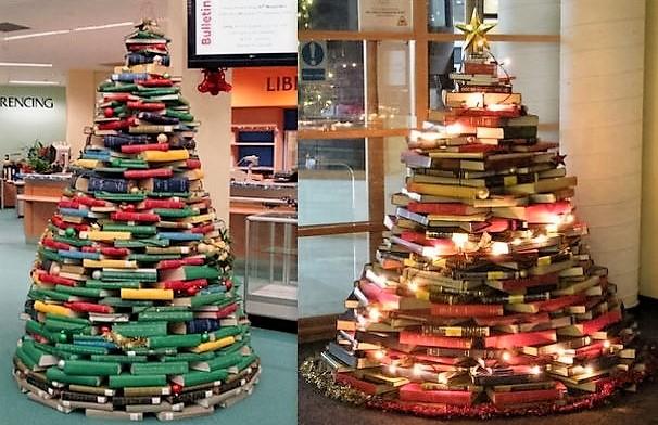 Sapins Noël pyramide de livres..