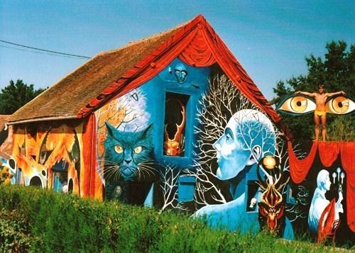 """La maison """"couleur du temps"""" dans l'Allier.."""