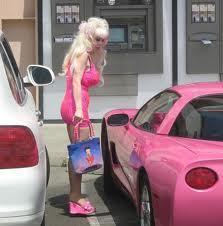 c'est quoi déjà la couleur préférée des Blondes ?