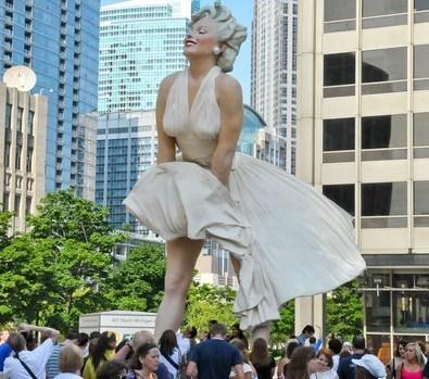 Marilyn Monroe une grande Dame de 8 mètres de haut !