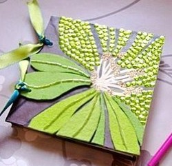 Tutoriel : faire un carnet en papier peint recyclé !