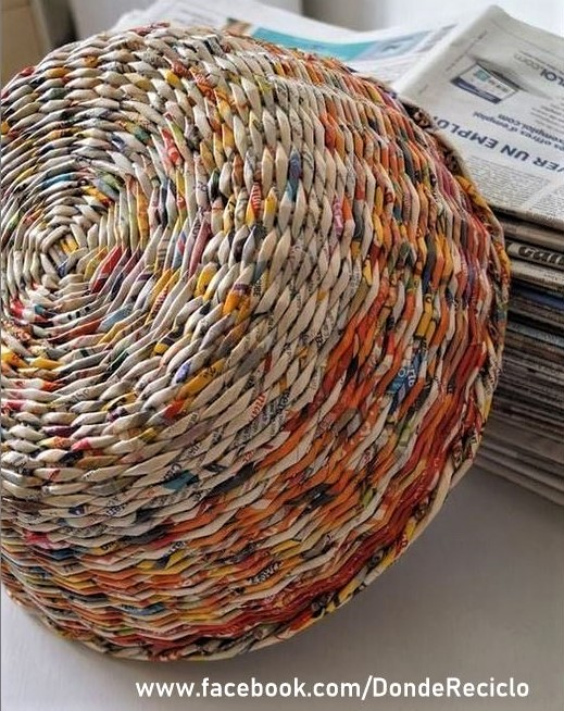 Tresser un panier avec de vieux journaux !
