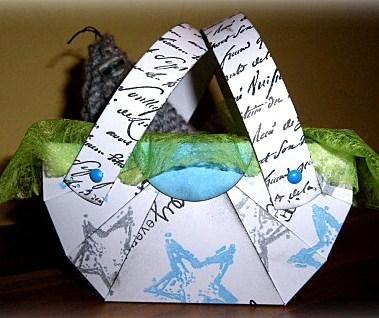 Faire un panier en carton, les tutos création !