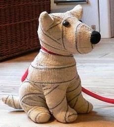 Faire un chien en tissu les tutos - Doudou en tissu a faire soi meme ...