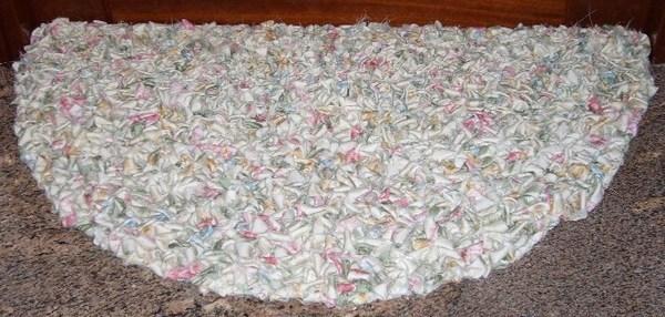 Faire un tapis en matériau de récup !
