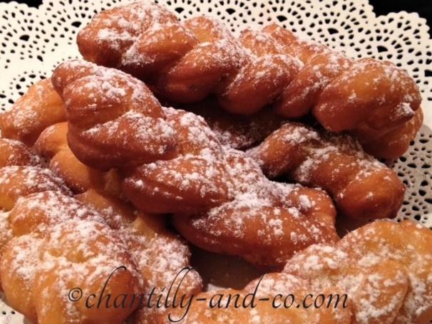 Pour mardi Gras, on fait des beignets, plein de beignets !