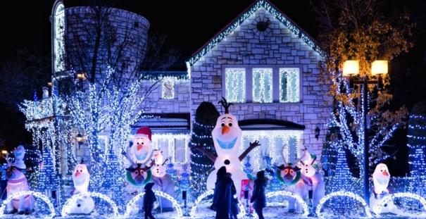 Ruban LED : 4 astuces pour une décoration lumineuse de Noël réussie