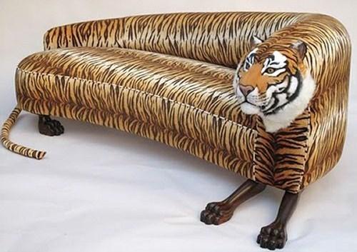 Canapé Tigre, peut rugir à tout moment si contrarié..