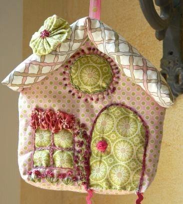 Faire une maison en tissu ou en feutrine !
