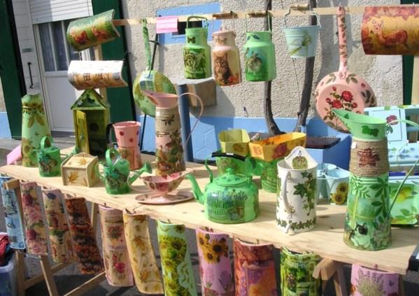 Brocantes colorées, objets recyclés !