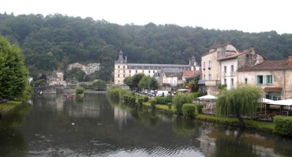 """Brantôme """"La Venise verte de Dordogne"""" au gré de l'eau et de la verdure !"""