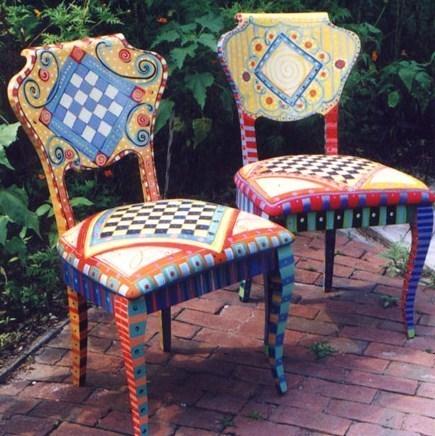 La tendance des chaises relook es for Chaise en tissu colore