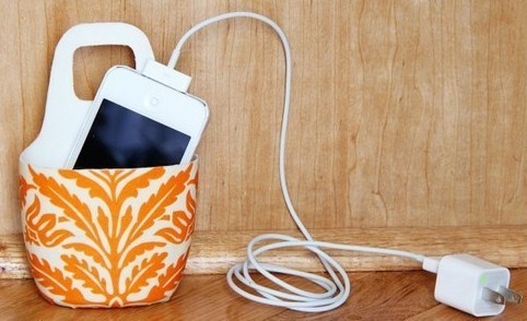 Faire un tui de protection pour t l phone portable en charge - Comment recharger un chalumeau de cuisine ...