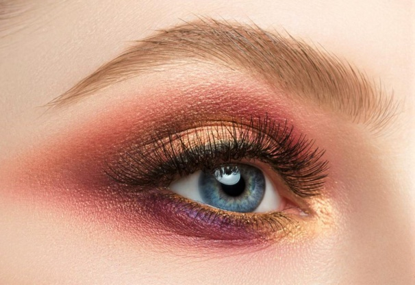 2 tutos maquillage des yeux tendance