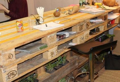 Faire un bureau en bois de palette des modèles page