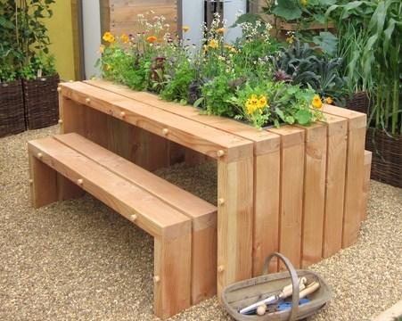 Table De Jardin Palette. Good Table De Jardin En Palette Avec Un ...