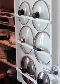 astuces pour ranger efficacement ses couvercles de casseroles. Black Bedroom Furniture Sets. Home Design Ideas