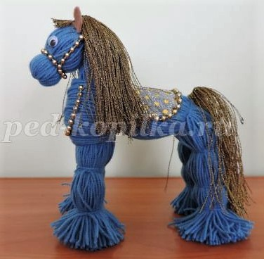 Faire un doudou ou un cheval en laine sans tricoter