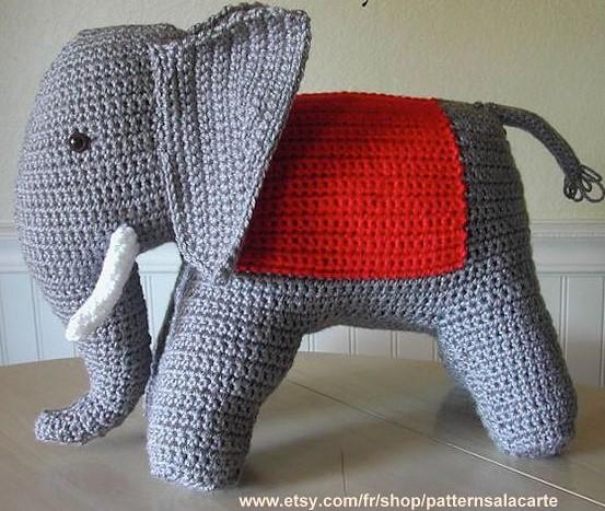 Halloween Elefant im Kostüm Amigurumi Häkelanleitung - Little Bear ...   467x553