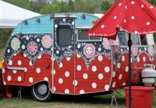 Jolies caravanes décorées peintures originales