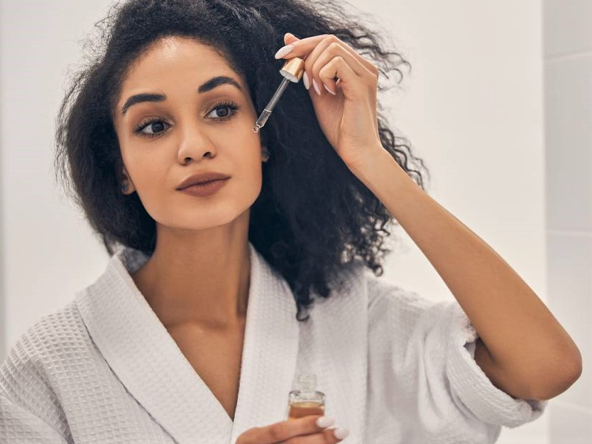 Crème hydratante, mascara : obtenir un maquillage parfait en 12 étapes