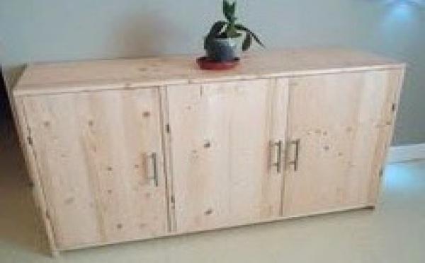 Tutoriel bricolage nafeuse 39 magazine - Comment fabriquer un meuble en bois ...