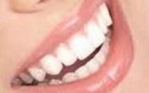 Truc pour blanchir ses dents naturellement !