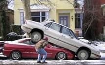 Humour : voitures mal garées !